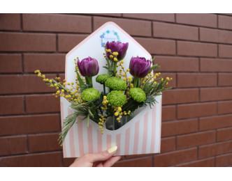 Конверт з тюльпанами