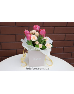 Кошик з квітами